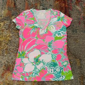 Lilly Pulitzer Michele Top V neck T shirt flamingo